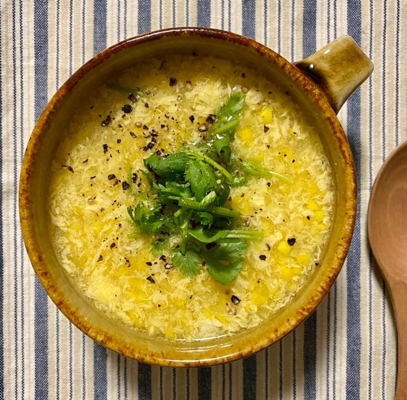 とうもろこしと卵の中華風スープ