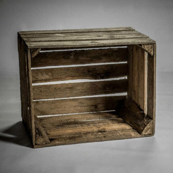 Caisse en bois vintage en location