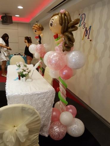 wedding balloon decorations bride and groom sculpture (4)