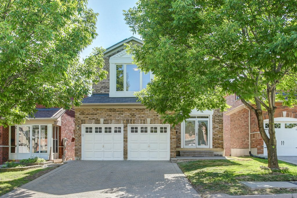 6 Ashglen Court - Toronto Real Estate - Scarborough