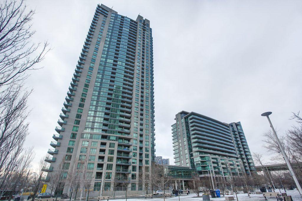 215 Fort York Boulevard, Suite 3210, Toronto Real Estate, Toronto Waterfront, Toronto Waterfront Condos, Toronto Condos, Waterfront Condos