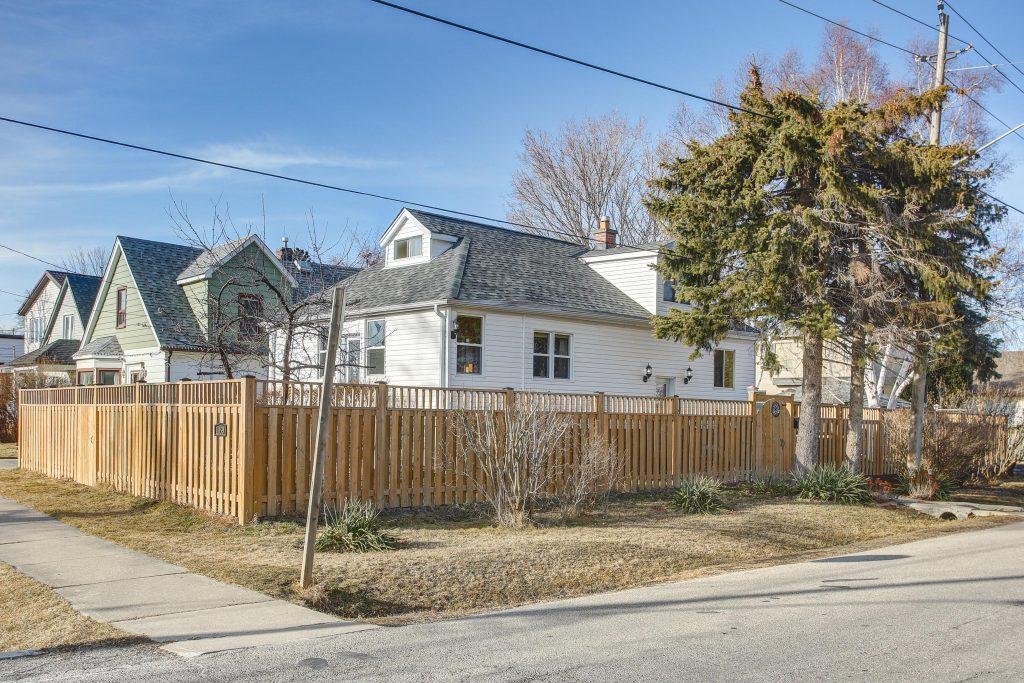 1059 Meredith Avenue - Mississauga Real Estate