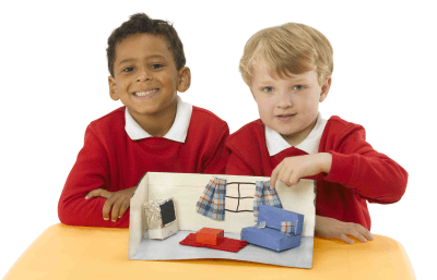 Young students modelling a project