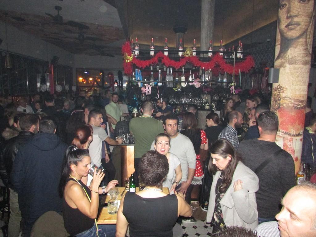 Βράδυ Κυριακής 18/2, Μεγάλης Αποκριάς, στο El Barrio «Coffee & Cocktail Specialists», στην Κοζάνη