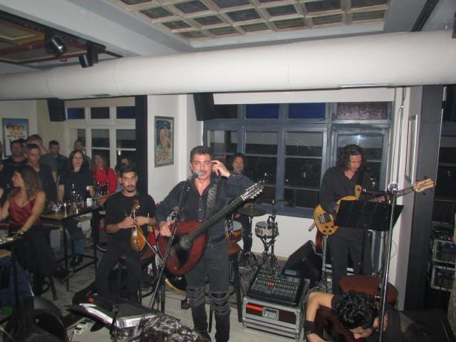 «Μάγεψε» ο Μιχάλης Τζουγανάκης στη Σουίτα «Gourmet Coffee & Speciality Drinks» στην Κοζάνη το βράδυ της  Τετάρτης 10 Οκτωβρίου