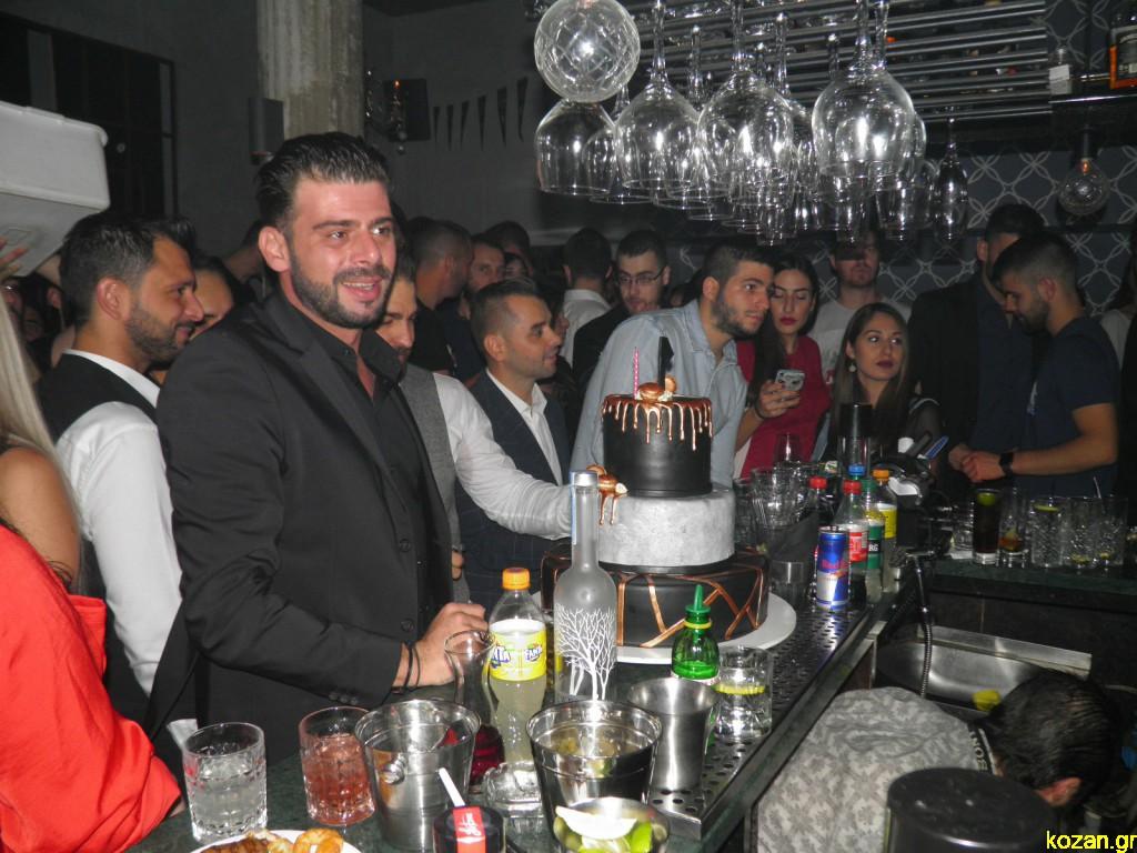Το El Barrio «Coffee & Cocktail Specialists» στην Κοζάνη, γιόρτασε το 1ο χρόνο λειτουργίας του, την Κυριακή 7 Οκτωβρίου (Φωτογραφίες)