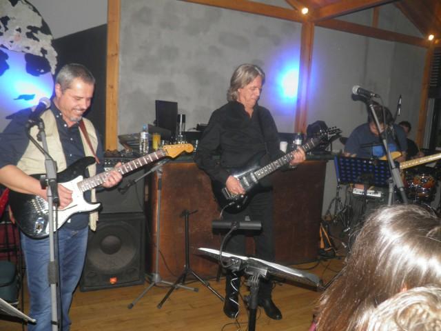 Το μουσικό σχήμα του Κώστα Τουρνά, εμφανίστηκε, το βράδυ της Πέμπτης 17 Ιανουαρίου, στο cafe – bar El-Barrio