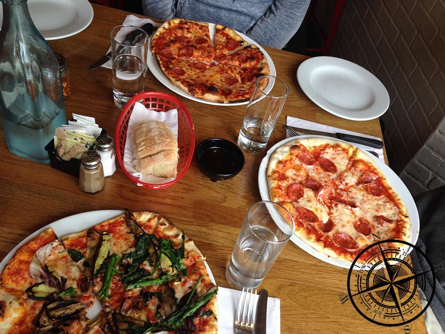Lecker Pizza!!! :P