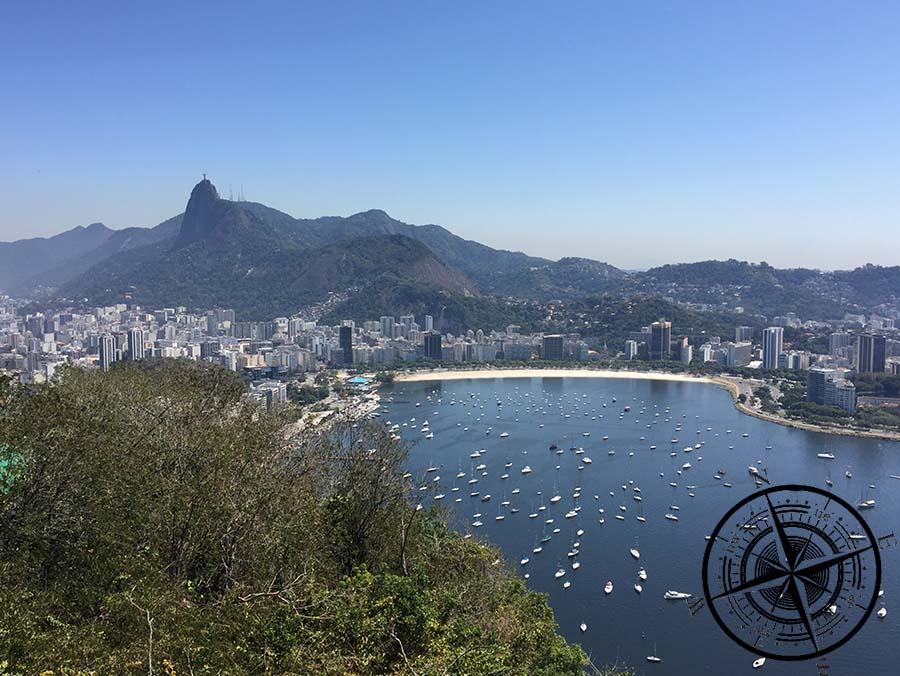 Von oben erblickt man dann auch Botafogo.