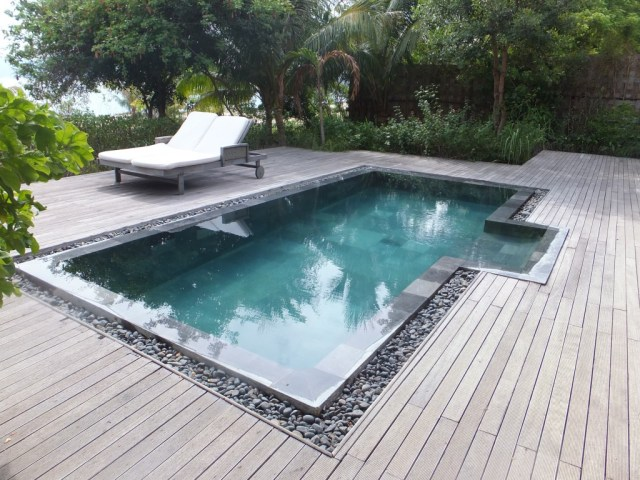 The private plunge pool