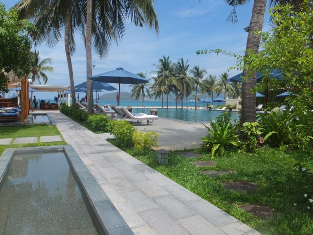 Ana Mandara Resort - Infinity Pool
