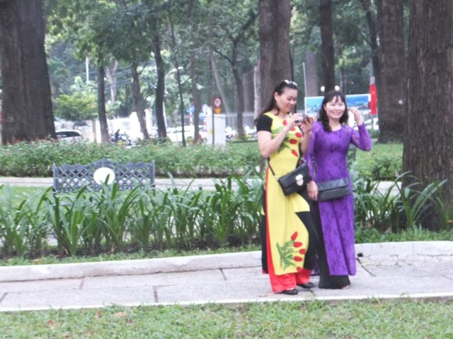 Love the people of Vietnam, always happy for you to take a photo.