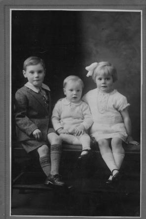 Grandad with his brother and sister