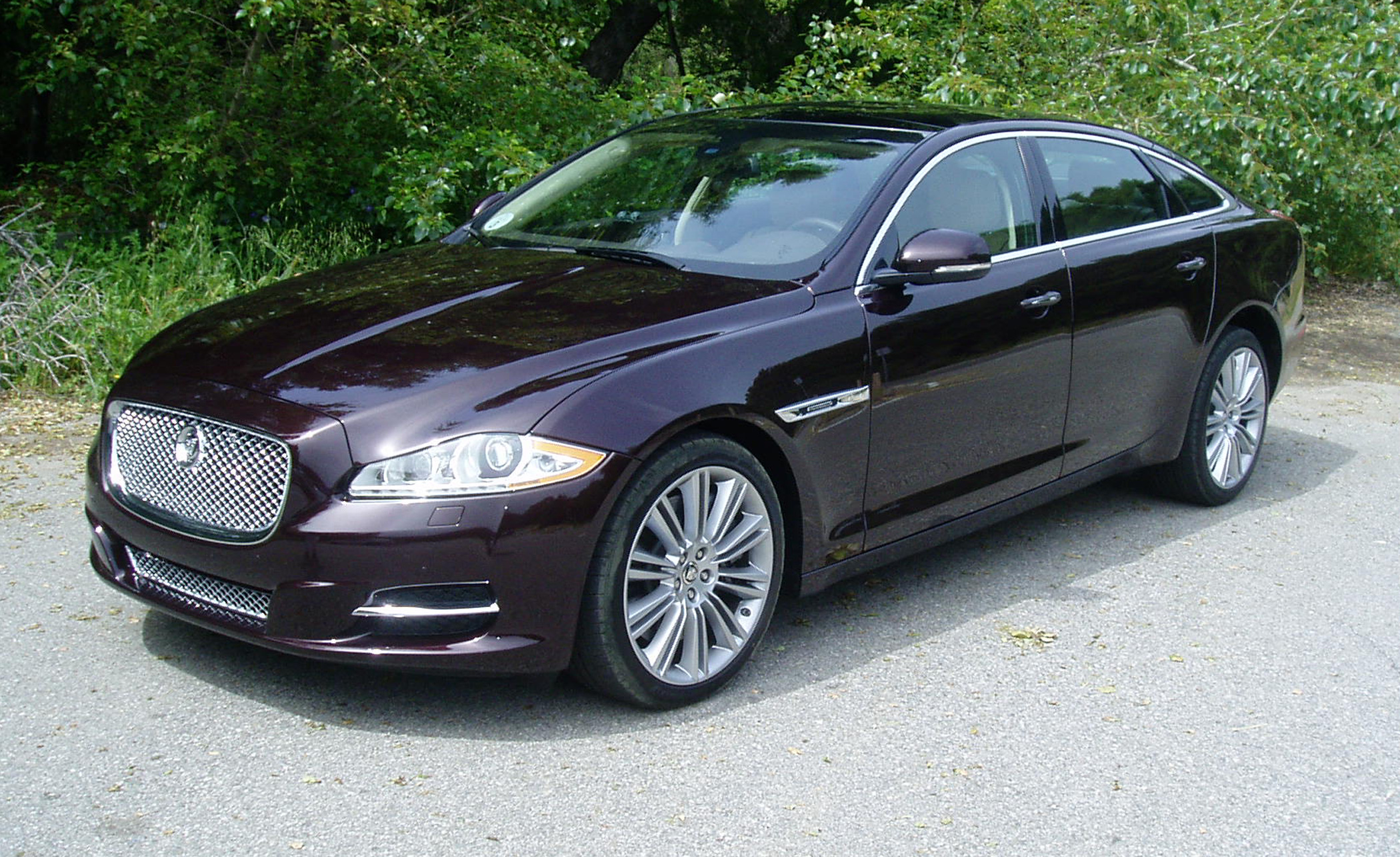image dashboard door size sedan supercharged jaguar l xf