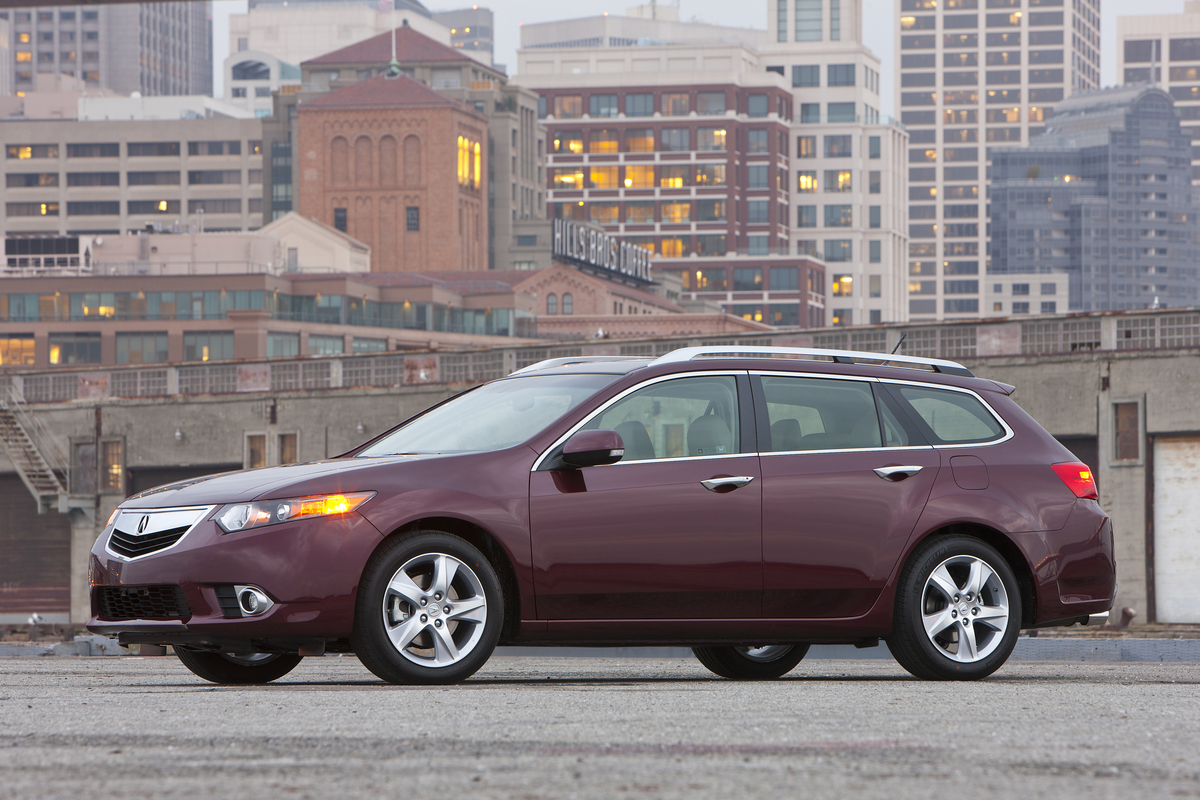 first drive acura tsx sport wagon our auto expert. Black Bedroom Furniture Sets. Home Design Ideas
