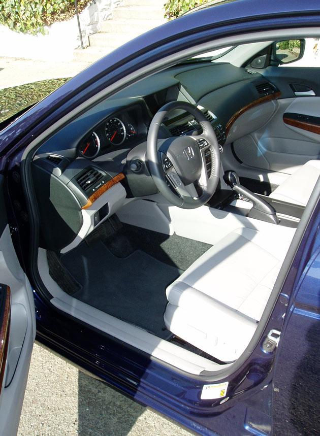 2012 Honda Accord EX   Interior