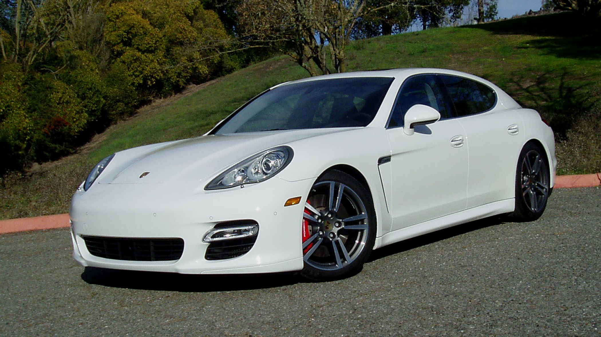 test drive 2012 porsche panamera turbo s our auto expert. Black Bedroom Furniture Sets. Home Design Ideas