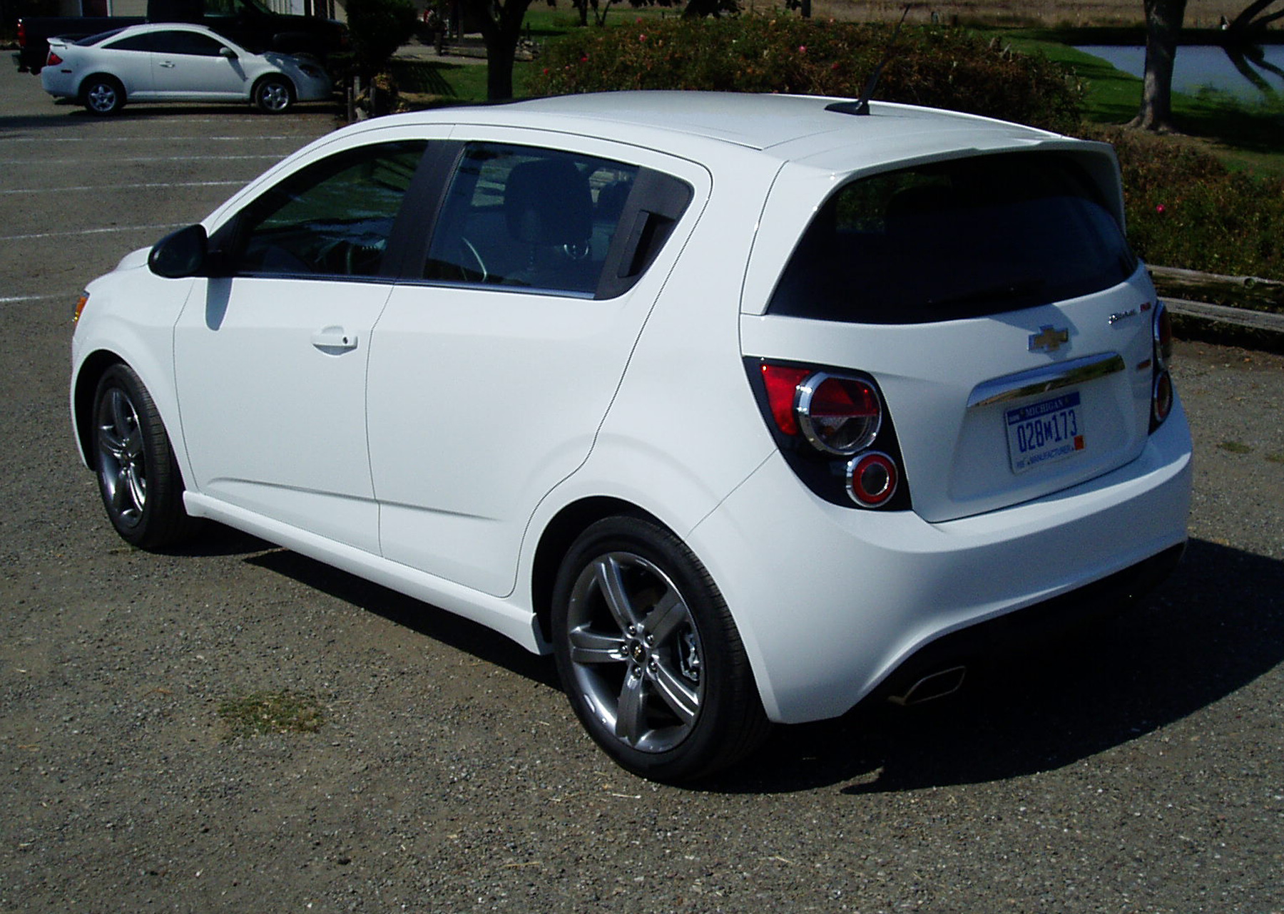 test drive 2013 chevy sonic rs 5 door hatch our auto expert. Black Bedroom Furniture Sets. Home Design Ideas