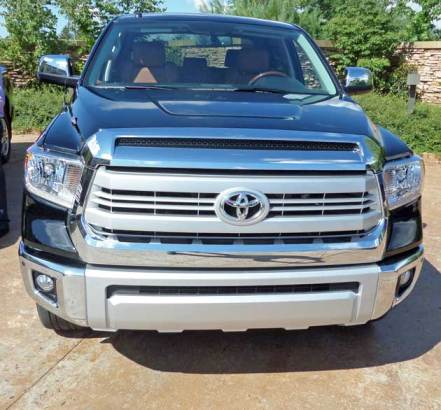 2014-Toyota-Tundra-Grille