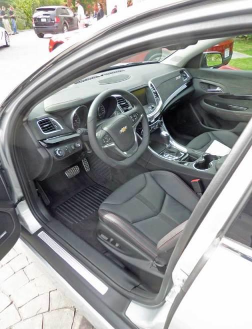 Chevrolet-SS-Int