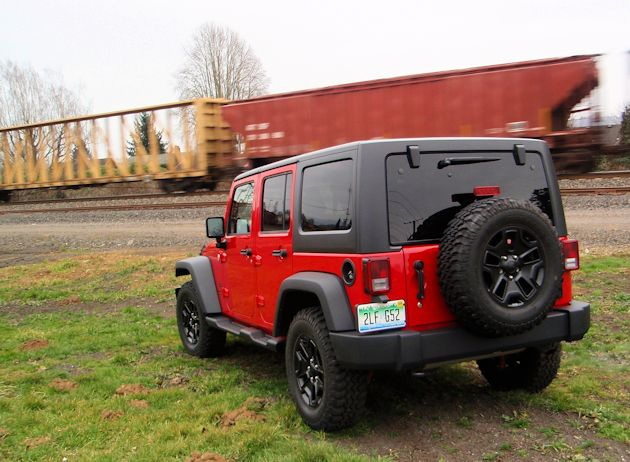 2014 Jeep Wrangler Unlimited rearQ
