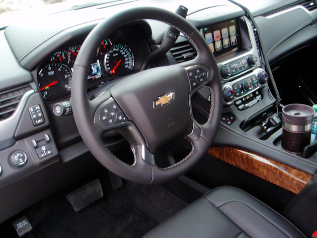 Full Size SUVs Suburban Dash