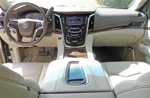 Cadillac-Escalade-Dash