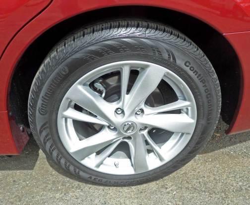Nissan-Altima-Whl