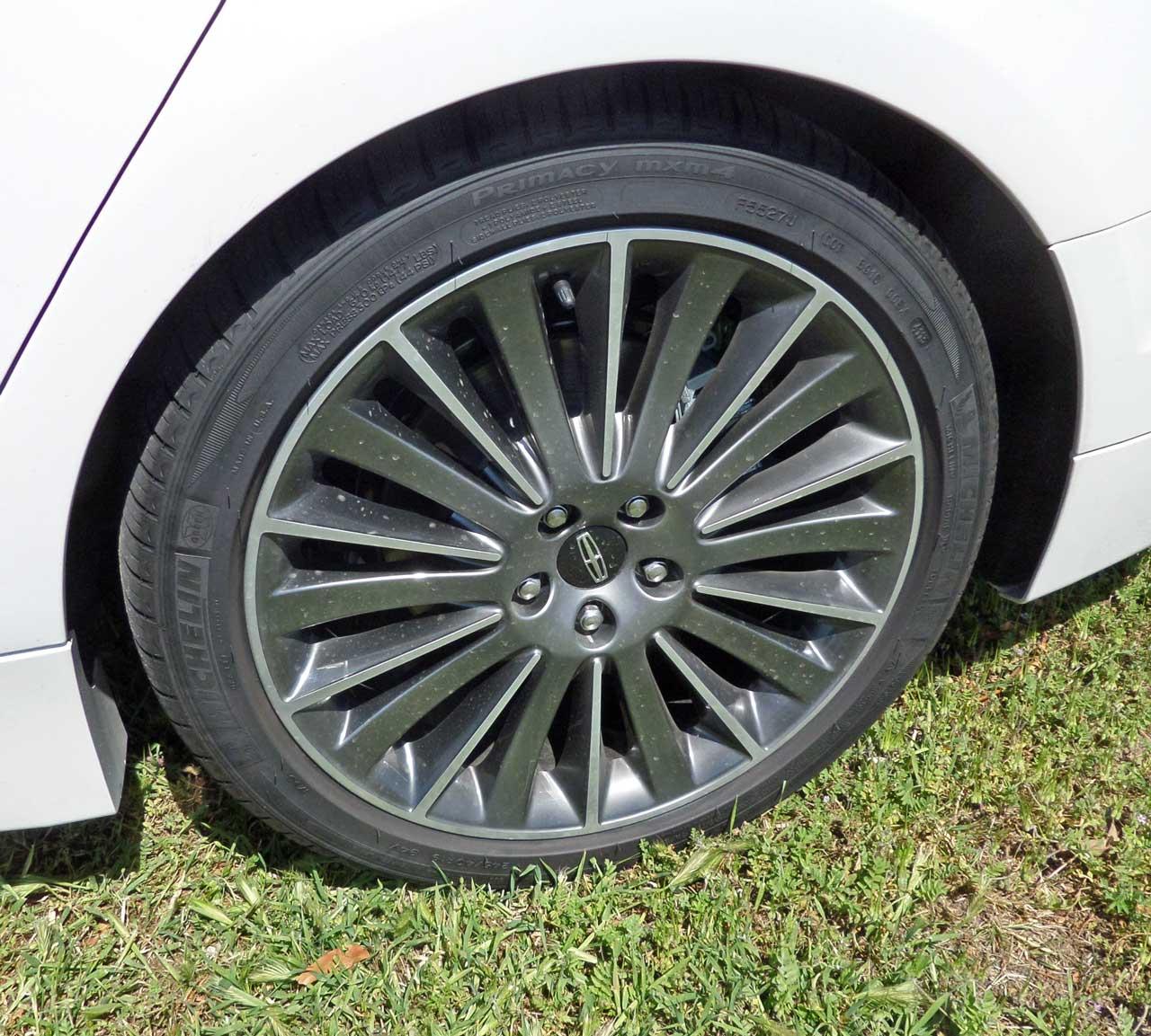 2015 Lincoln Mkz Suspension: 2014 Lincoln MKZ Hybrid Test Drive