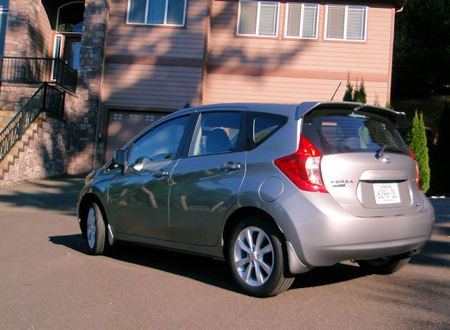 2015 Nissan Versa Note rear