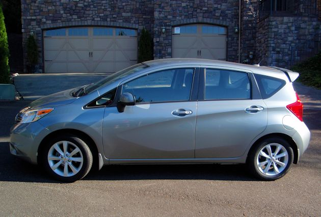 2015 Nissan Versa Note side