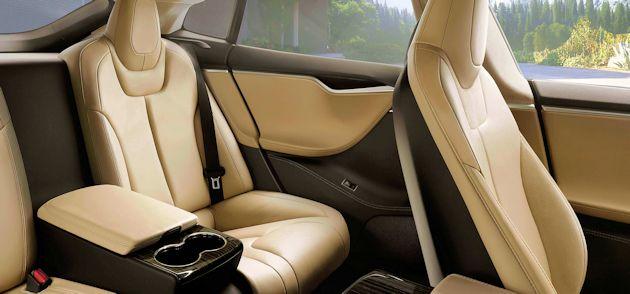 2015 Tesla S P85D executive rear seat
