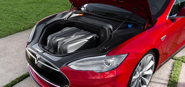 2015 Tesla S P85D front cargo