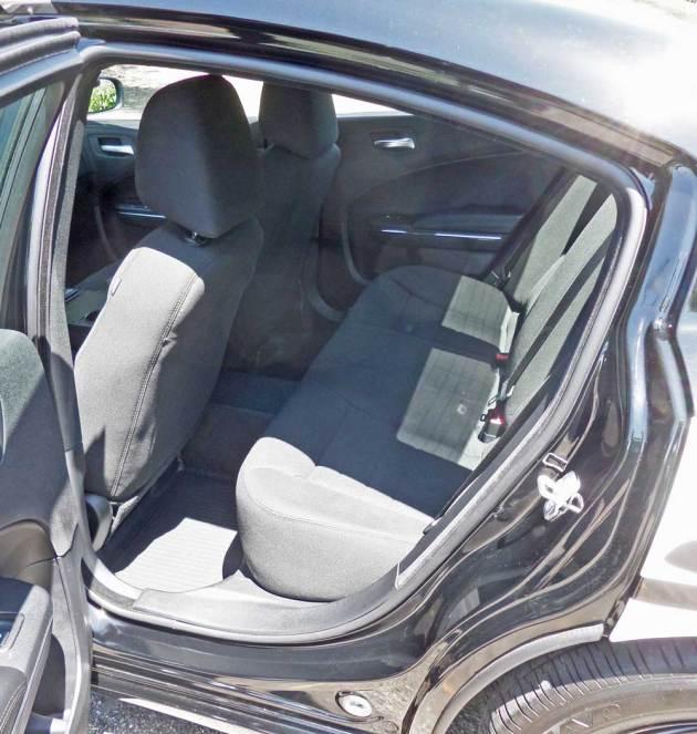 Dodge-Charger-Pursuit-RInt