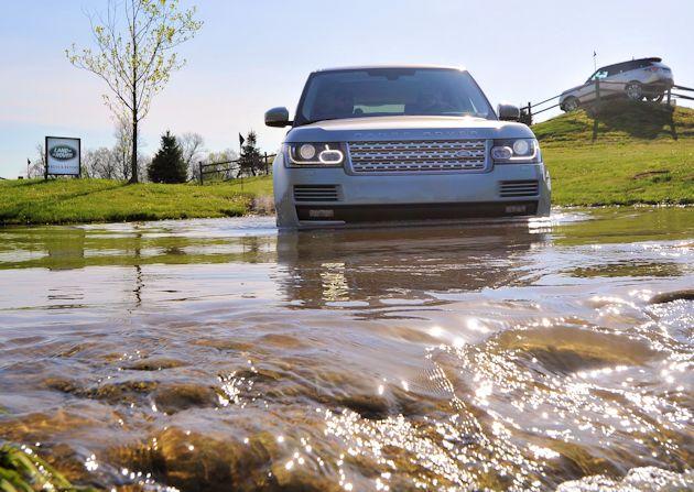 a2015 Land Rover Range Rover wading