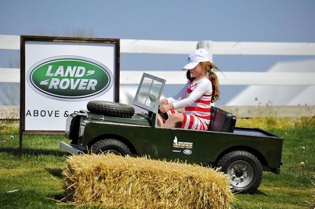 a2015 Land Rover children's off road