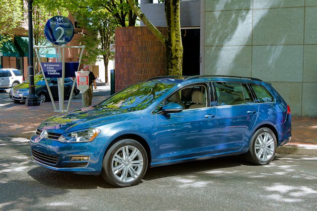 2015 VW Golf SportWagen 1