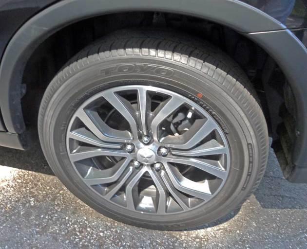 Mitsubishi-Outlander-GT-Whl