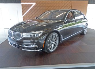 BMW 750i xDrive LSF