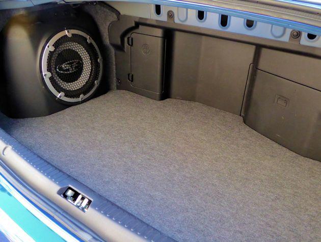 2015 Mitsubishi Lancer EVO trunk