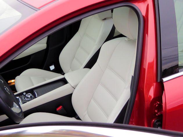 2016 Mazda6i front seats