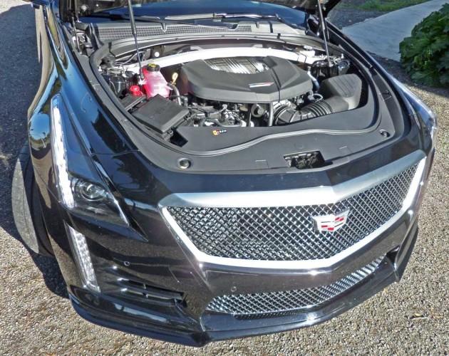 Cadillac-CTS-V-Eng