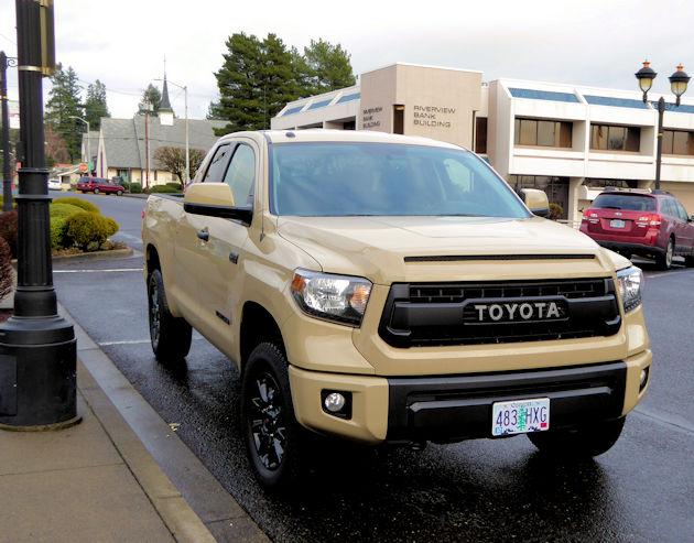 2016 Toyota Tundra front 2
