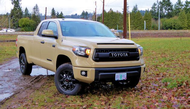 2016 Toyota Tundra front