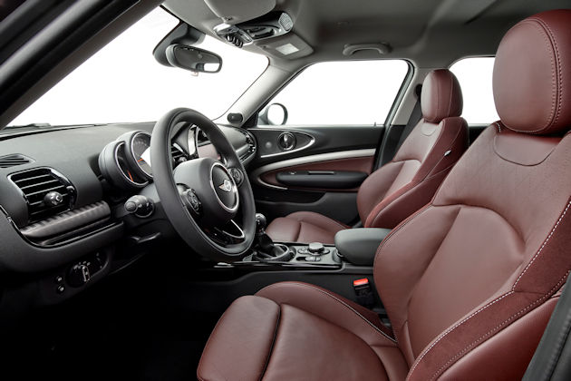 2016 Mini Cooper Clubman interior
