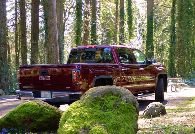 2016 GMC Sierra rear