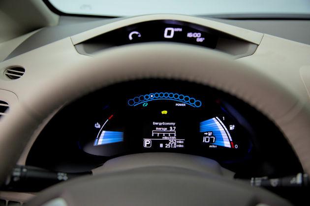 2016 Nissan Leaf ip