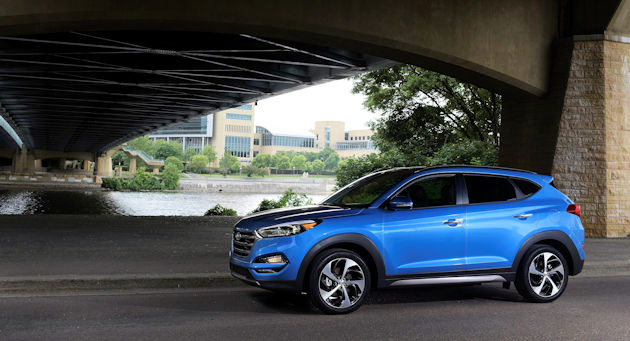 2017 Hyundai Tucson side 2
