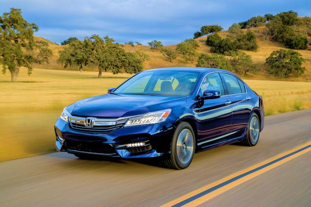 2017 Honda Accord Hybrid front q