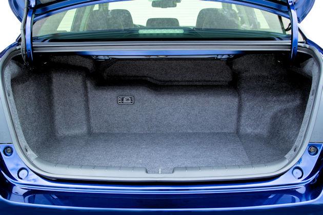 2017 Honda Accord Hybrid trunk